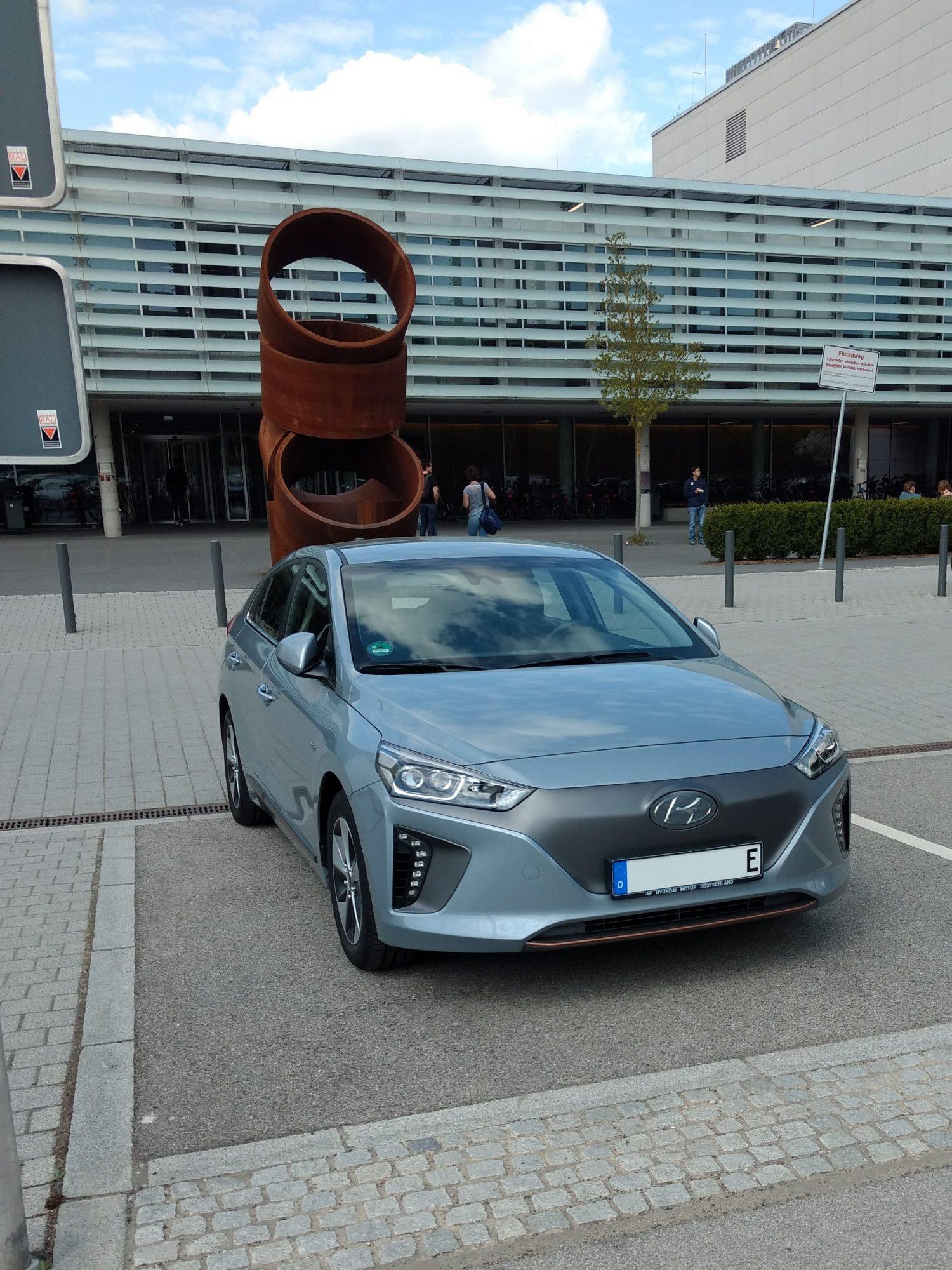 Front des Hyundai Ioniq Elektro.