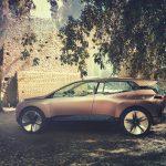 Seitenansicht des BMW Vision iNext.