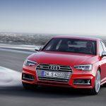 Der Audi S4 ist die sportliche Version der A4-Limousine und kommt mit 6-Zylinderturbobenziner aus Neckarsulm angerauscht (Foto: Audi Sport).