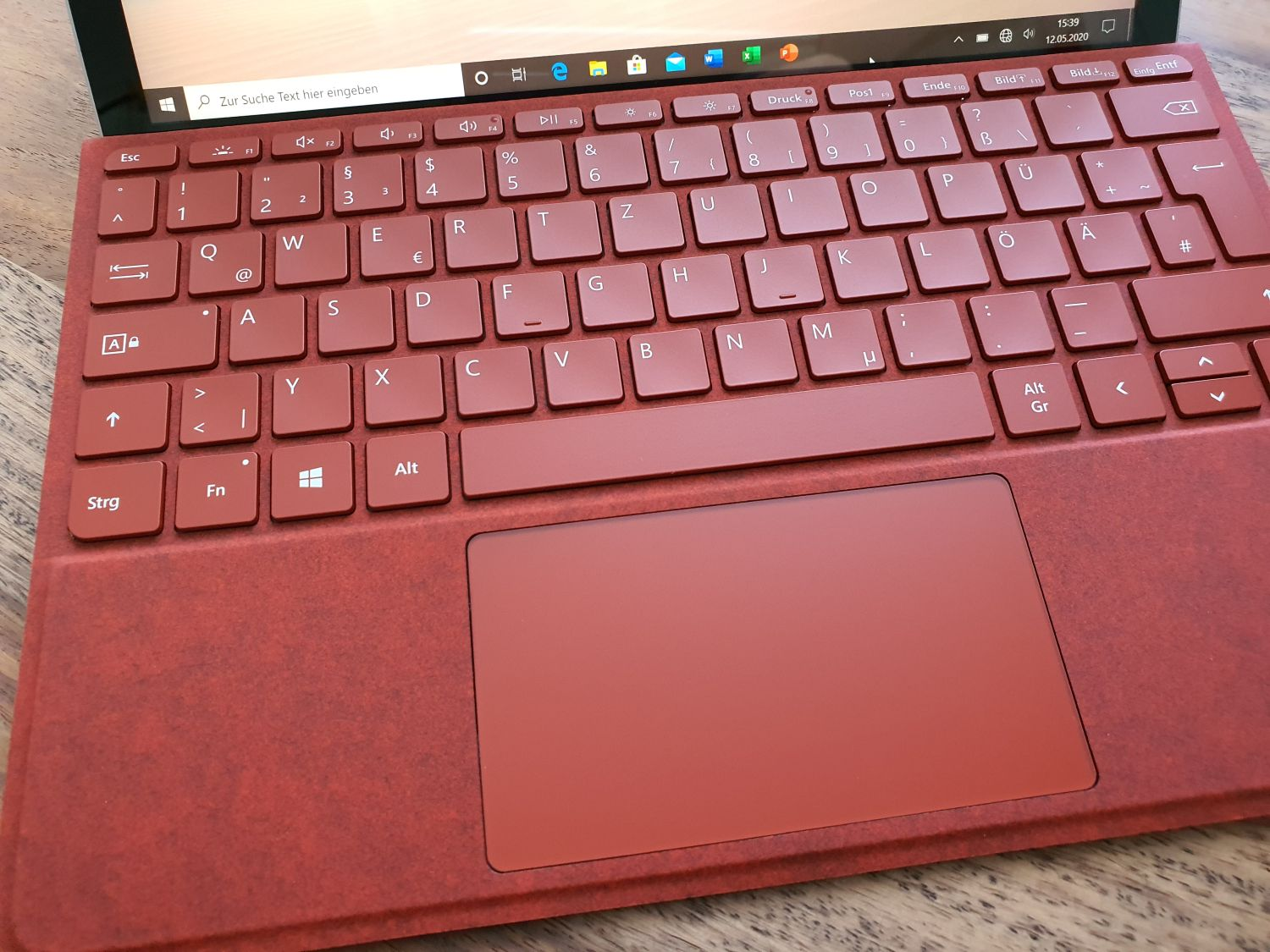 Surface Go 2 Type Cover in Rot