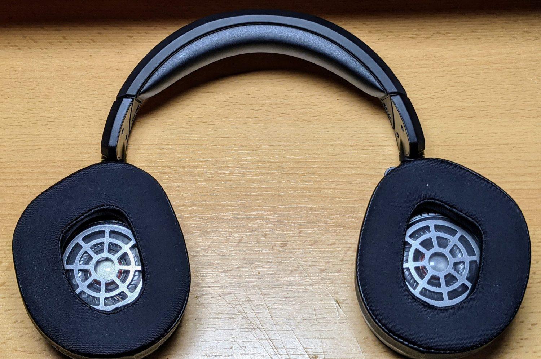 Headset Turtlebeach 700 aufgeklappt