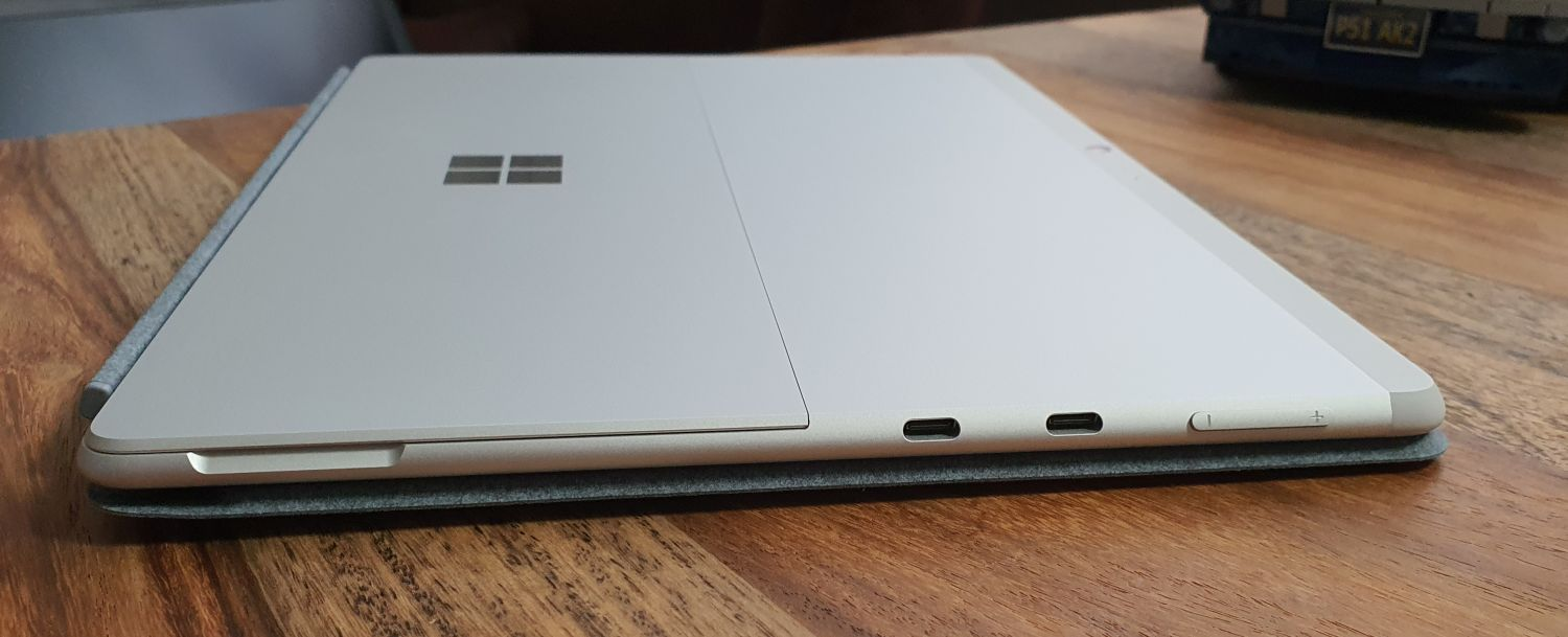 Surface Pro X 2020 in Platin