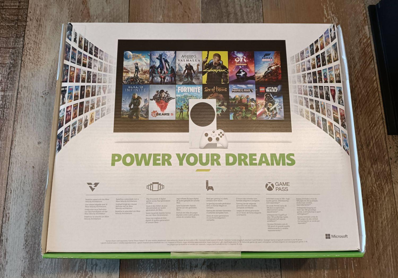 Xbox Series S Verpackung