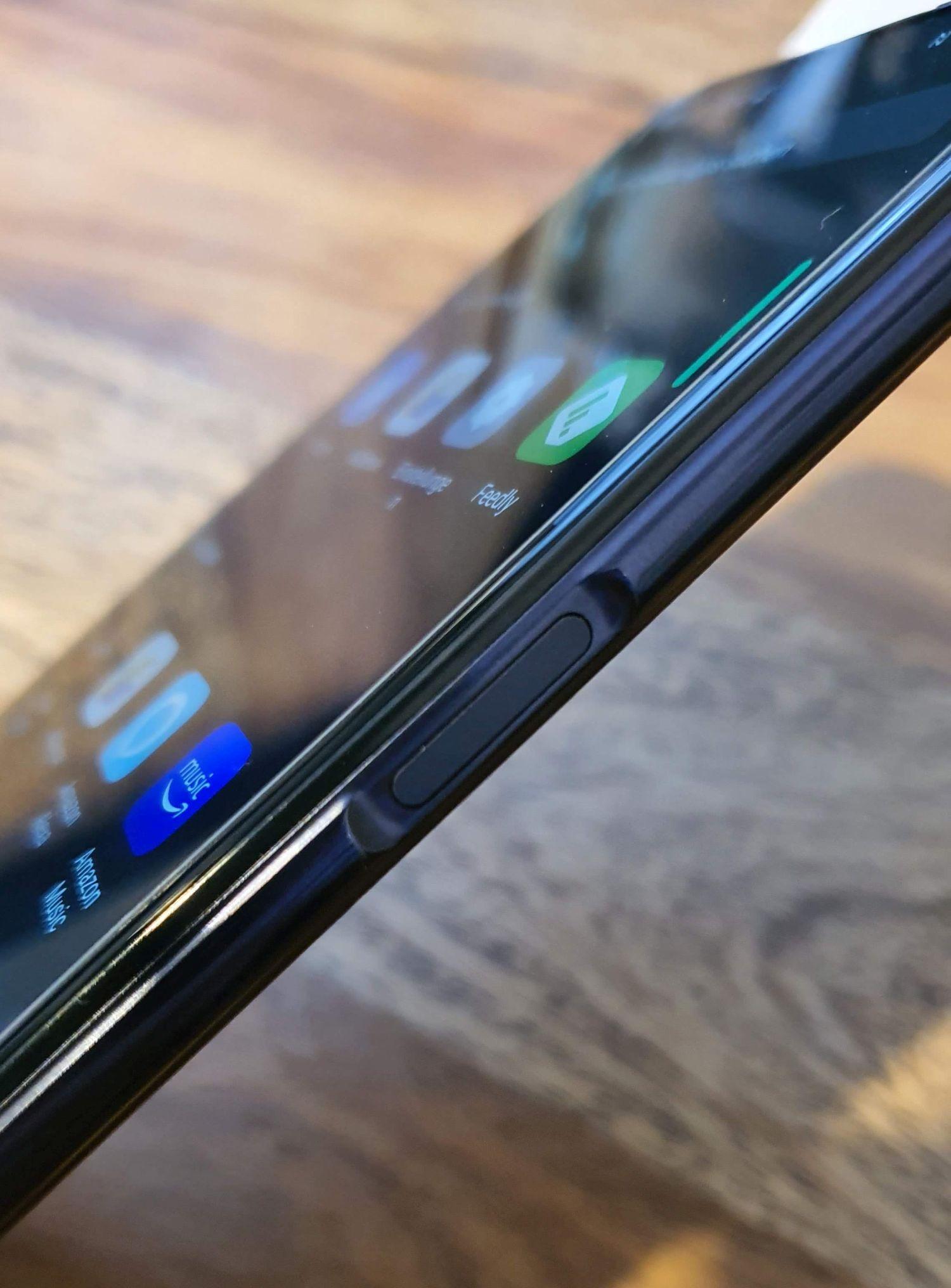 Oppo Reno4 Z 5G Seitenansicht