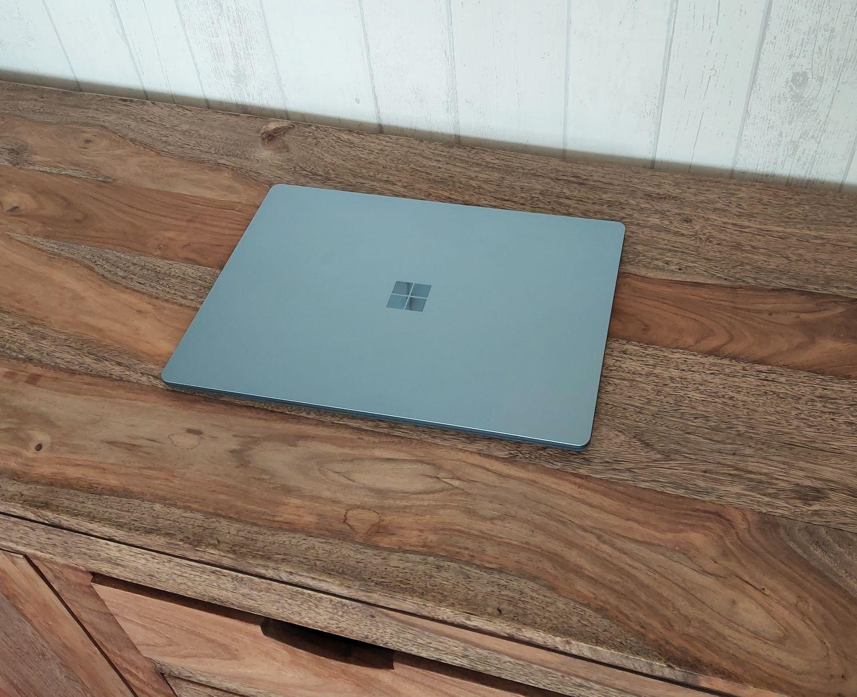 Surface Laptop 4 13 Zoll in Eisblau