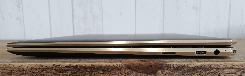 HP Spectre x360 14 seitlich