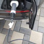 Ladeanschluss vom Plug-in-Hybriden Mercedes-Benz E300de.