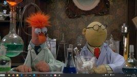 Desktop Beaker-Dr.Bunsen.jpg