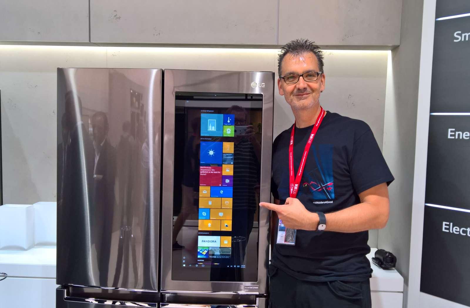 Kühlschrank Querformat : Ifa 2016: der smarte windows 10 kühlschrank von lg im video u203a dr